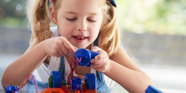 What Should A 3 Year Old Know Educationally